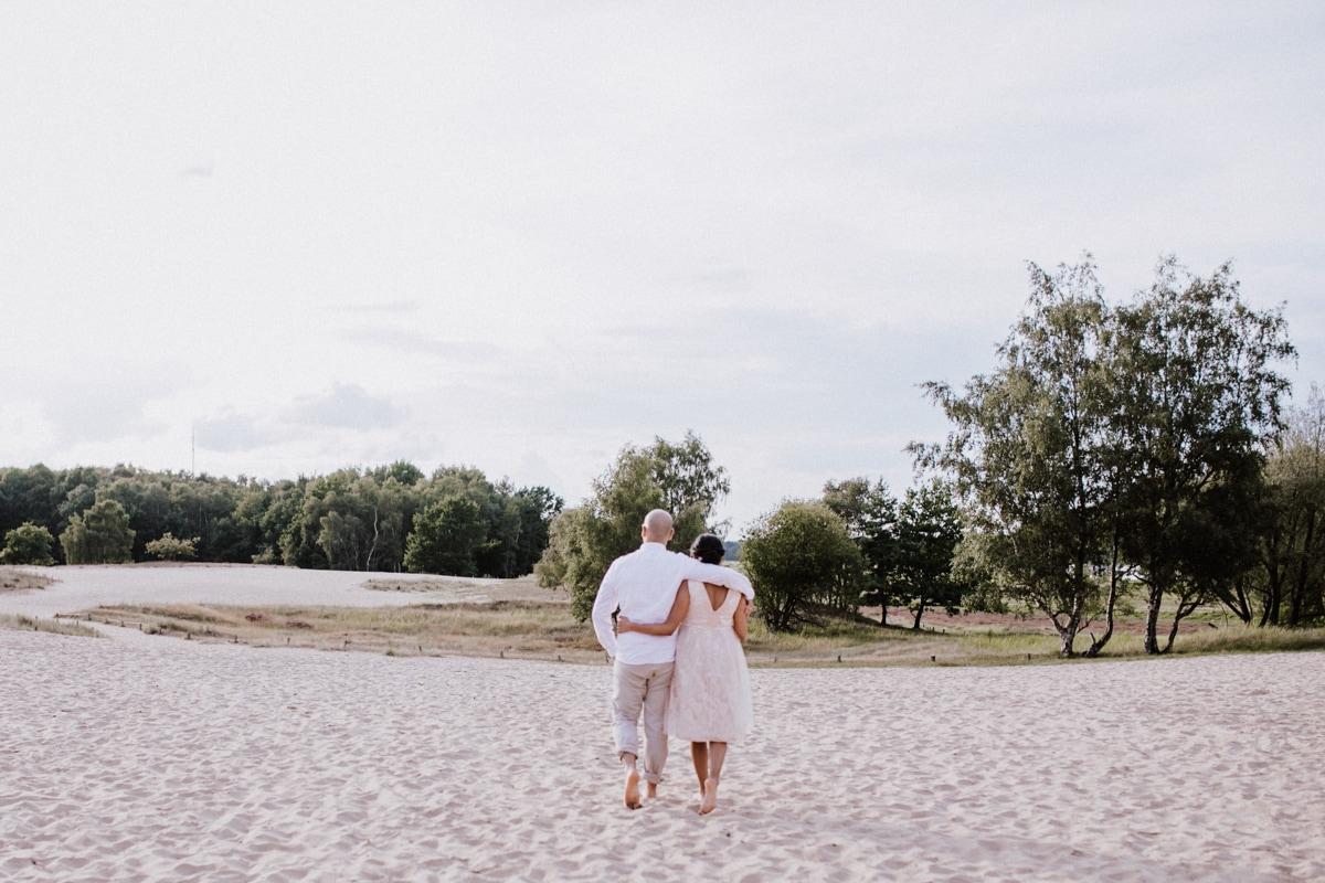 "alt=""baby, Babybauch, newborn, neugeborene, Familie, Family, Mom, Dad, Kids, children, Kinder, babys, Familienfotografin, Familienfotograf, Homeshooting, Boberger dunes, Strand, Fotograf, Fotografin, Hamburg, Sylt, Schleswigholstein"""