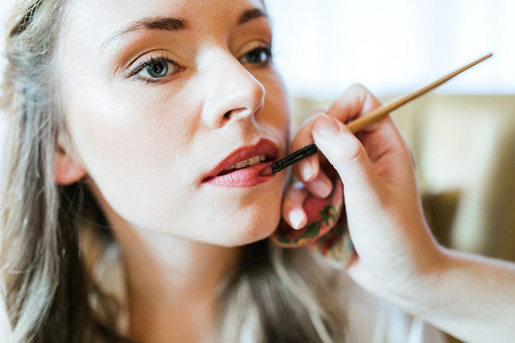 Getting Ready Makeup Braut